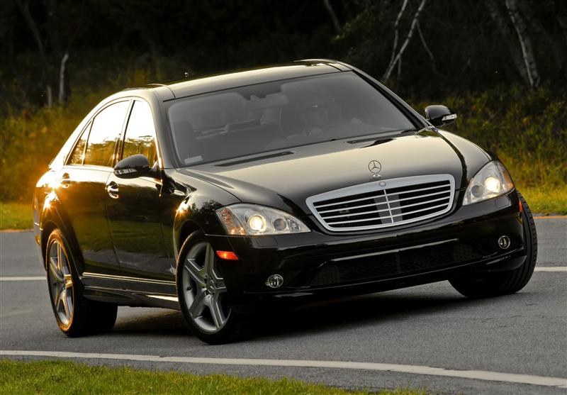 mercedes-Benz_S-Class-2009_Image-0015-800
