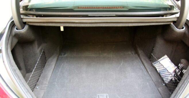 Mercedes S Class - Storage